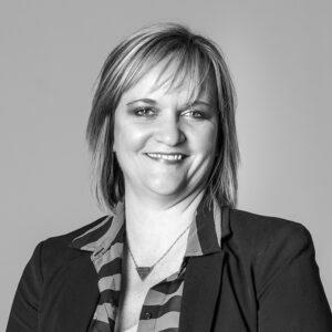 Jenifer Senior Payroll Administrator Axcet HR